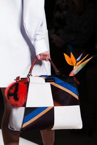 Handbags: New trends and tips to match them