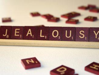 Control jealousy